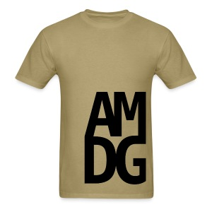 AMDG offcenter - Men's T-Shirt