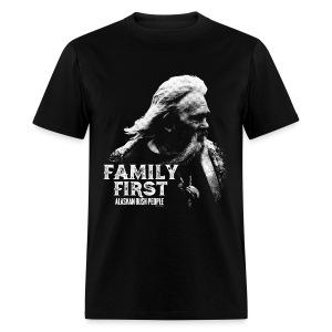 Family first - Men's T-Shirt
