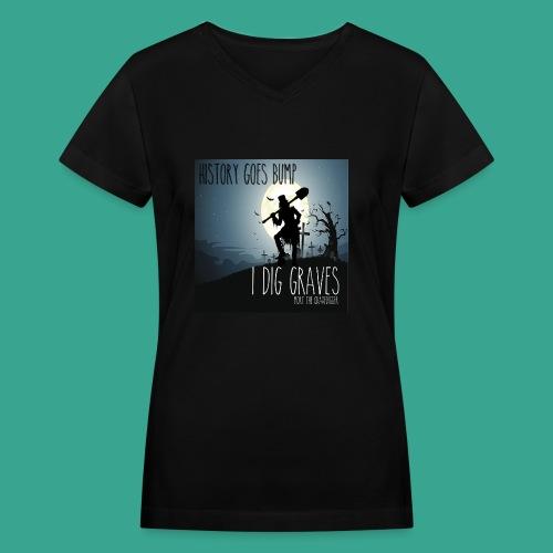 Women's V-neck Mort 2019 T-shirt - Women's V-Neck T-Shirt