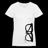 T-Shirts ~ Women's V-Neck T-Shirt ~ Animals Glasses V-NECK (women)