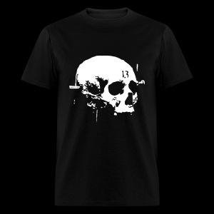 large c13 skull - Men's T-Shirt