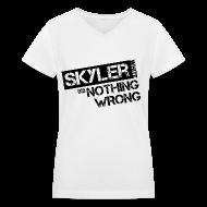 Women's T-Shirts ~ Women's V-Neck T-Shirt ~ Breaking Bad T-Shirts: Skyler White did Nothing Wrong