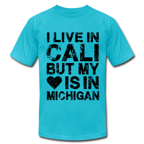 I LIVE IN CALI BUT MY HEART IS IN MICHIGAN - Men's  Jersey T-Shirt
