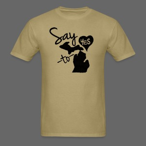 Say Yes Heart to MIchigan - Men's T-Shirt
