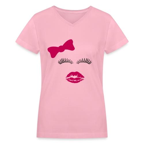 makeup lover shirt - Women's V-Neck T-Shirt