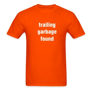 Trailing garbage found - orange/white - Men's T-Shirt