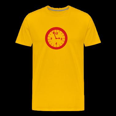 Gold simple clock at three oclock T-Shirts