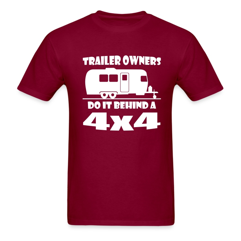 Behind a 4x4 trailer t-shirt - Men's T-Shirt