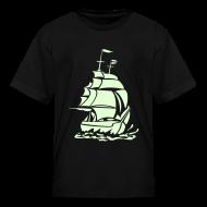 Kids' Shirts ~ Kids' T-Shirt ~ CARIBBEAN PIRATE GHOST SHIP - Glow-in-The-Dark