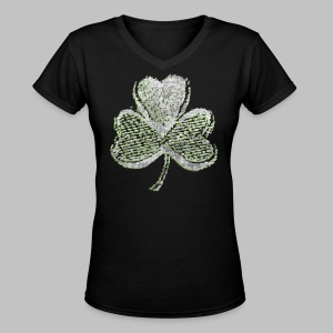 Old Shamrock Style - Women's V-Neck T-Shirt