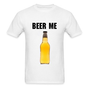 BEER ME - Men's T-Shirt