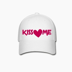 kiss me with a love heart Caps