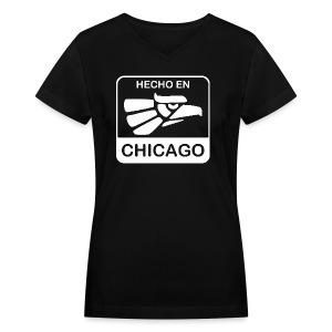 Hecho En Chicago Light - Women's V-Neck T-Shirt