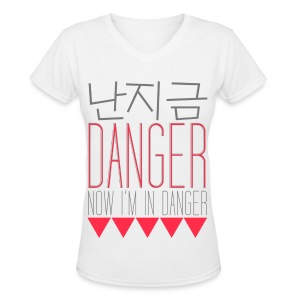 [f(x)] Danger - Women's V-Neck T-Shirt