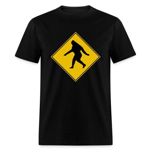 Bigfoot X-ing - Men's T-Shirt