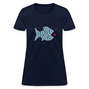t-shirt fish swarm puffer fish blowfish pregnant hunt hunter ocean hunting fishing - Women's T-Shirt