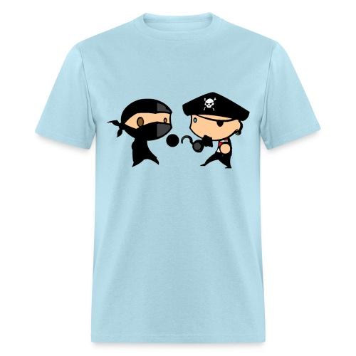 Pirate vs Ninja duel - Men's T-Shirt
