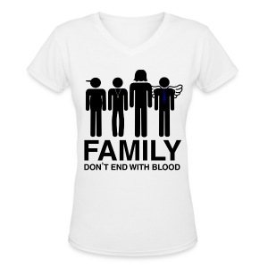 Family don't end with blood White - Women's V-Neck T-Shirt