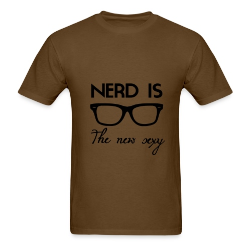 Chicks Dig Nerds - Men's T-Shirt