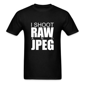 I SHOOT RAW - Men's T-Shirt