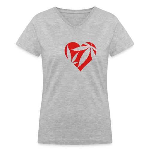 heart a full - Women's V-Neck T-Shirt