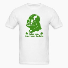 KISS ME I'M YOUR DADDY - Darth Vader St Patrick's Day Men's T-shirt