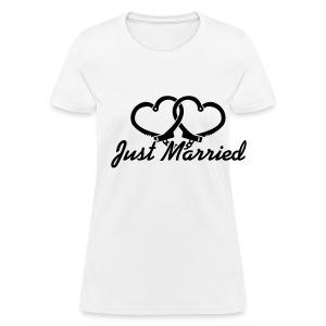 Just Married Heart Cuffs - Women's T-Shirt