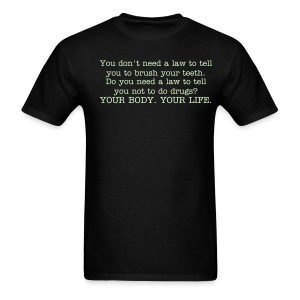 brush your teeth - Men's T-Shirt