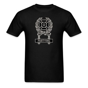 Expert Partying Qualification Badge - Men's T-Shirt
