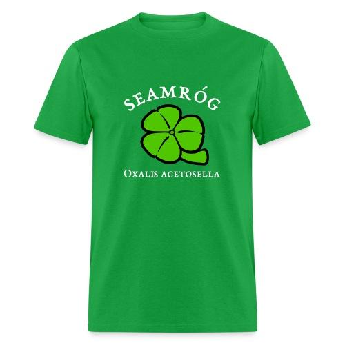 Shamrock Saint Patricks Day in green - Men's T-Shirt