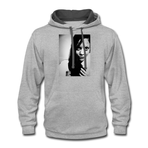model picture - Contrast Hoodie