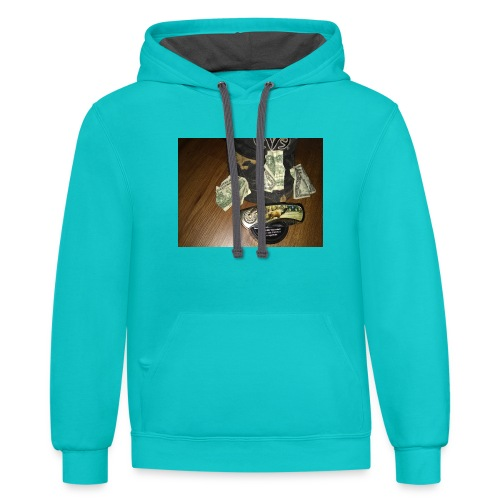 All a good hunter really needs - Contrast Hoodie