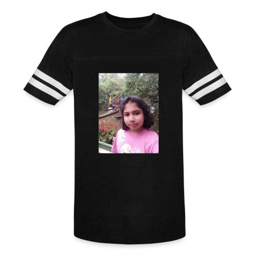 Tanisha - Vintage Sport T-Shirt