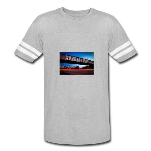 Husttle City Bridge - Vintage Sport T-Shirt
