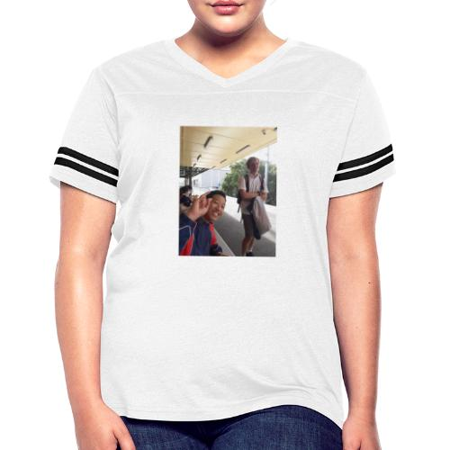 VOOMASS at the train station - Women's Vintage Sport T-Shirt