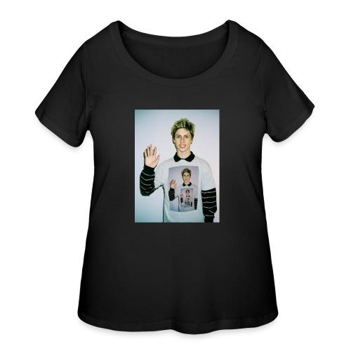 lucas vercetti - Women's Curvy T-Shirt