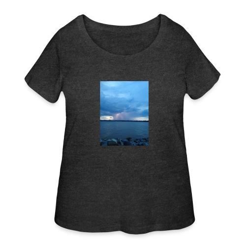 Storm Fall - Women's Curvy T-Shirt