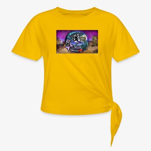 Mother CreepyPasta Land - Women's Knotted T-Shirt