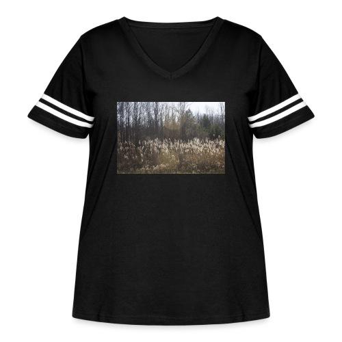 Roadeside field - Women's Curvy Vintage Sport T-Shirt
