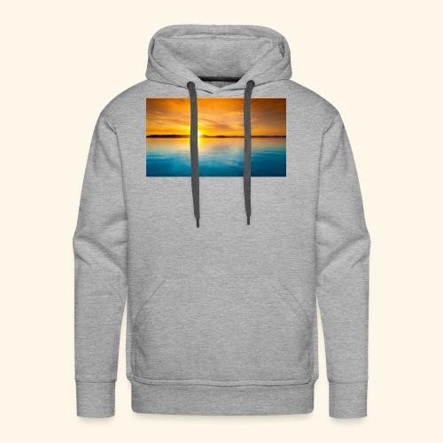Sunrise over water - Men's Premium Hoodie