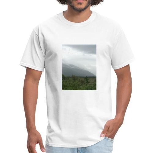 A8285ECD D4BF 4B6A 83BB 01E4F040208D - Men's T-Shirt