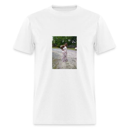 mom - Men's T-Shirt