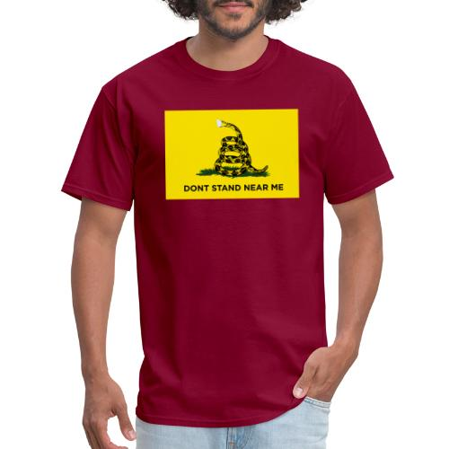 Dont Stand Near Me (Gadsden Flag) - Men's T-Shirt