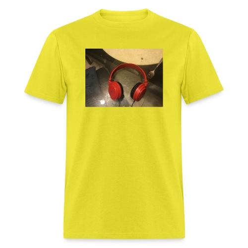 The amazing headphone - Men's T-Shirt