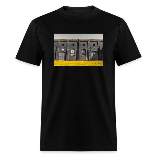 Bricks: who worked here - Men's T-Shirt