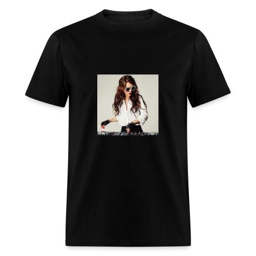 angelina lavo - Men's T-Shirt
