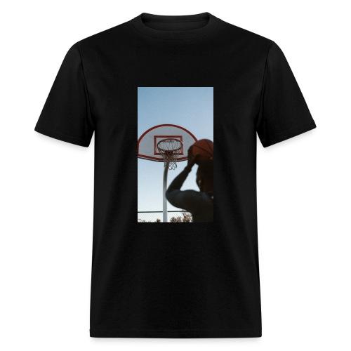 Game Winner - Men's T-Shirt