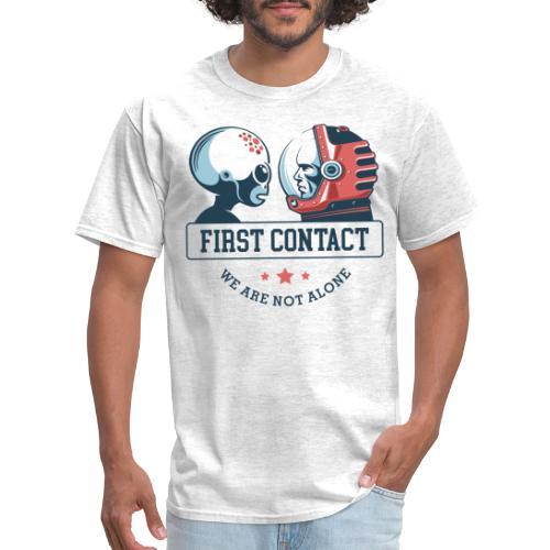 alien astronaut first contact - Men's T-Shirt