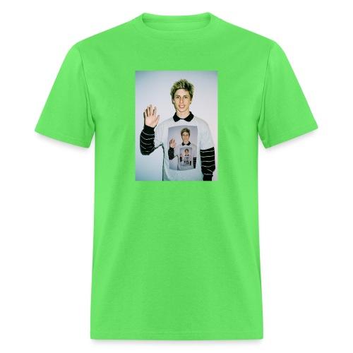 lucas vercetti - Men's T-Shirt