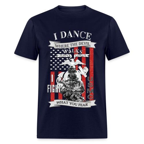 I dance where the devil walks - Men's T-Shirt
